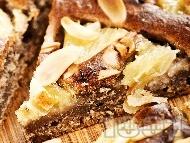 Фъдж сладкиш (кейк, кекс) с какао, банан, ананас и бадеми за десерт
